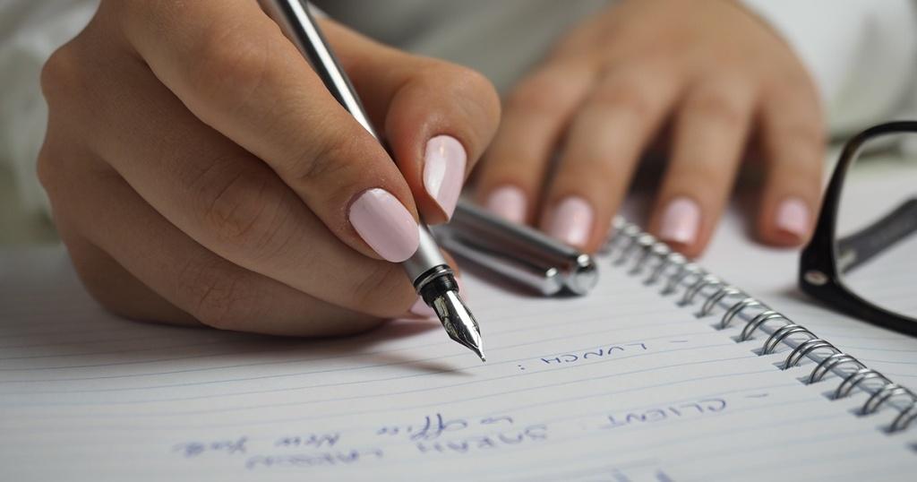 Cara Membuat Surat Izin Tidak Masuk Kerja Lengkap dan Tips & Triknya