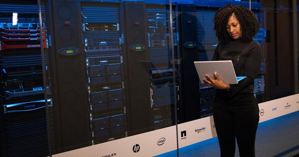 Mengenal Perbedaan Storage Ssd Sata Dan Ssd Nvme Pada Server Idcloudhost