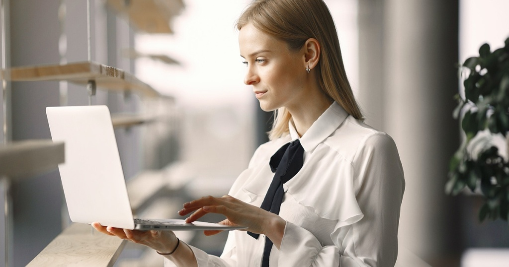 Tips Menggunakan Jasa Pembuatan Website Bisnis dan Perusahaan Murah