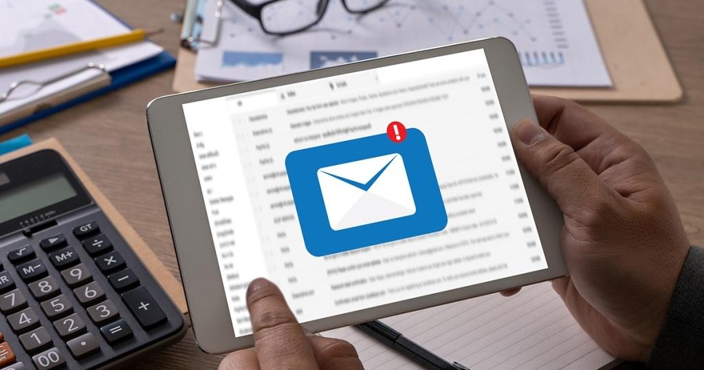 Apa itu Email Marketing : Pengertian, Cara Kerja, Tips & Trick untuk Bisnis/Perusahaan
