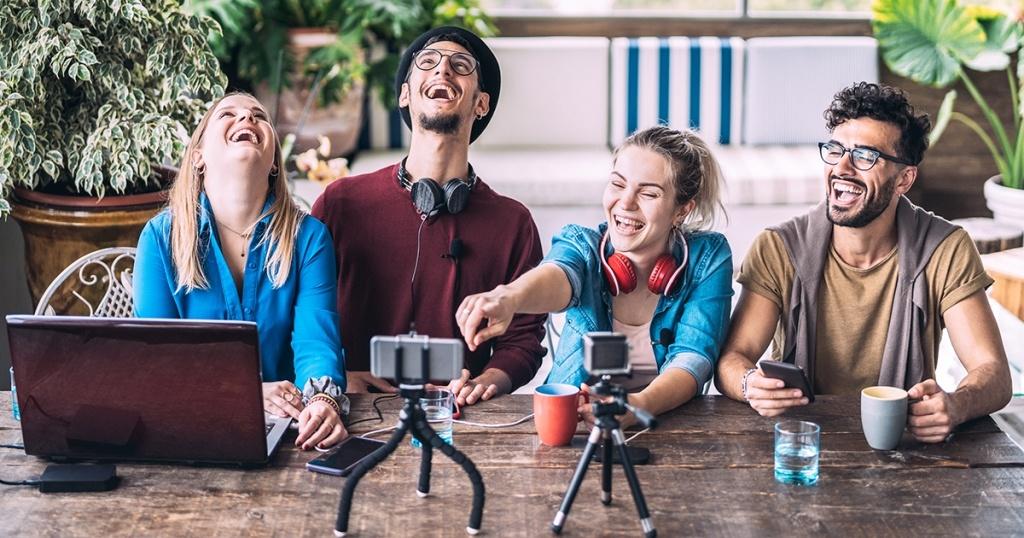 Tips Menjadi Content Creator Instagram, YouTube dan TikTok di Indonesia