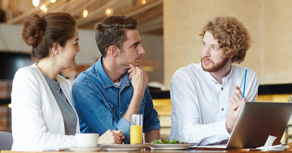 Apa itu Word of Mouth : Pengertian, Cara Kerja, Manfaat dan Strateginya dalam Bisnis