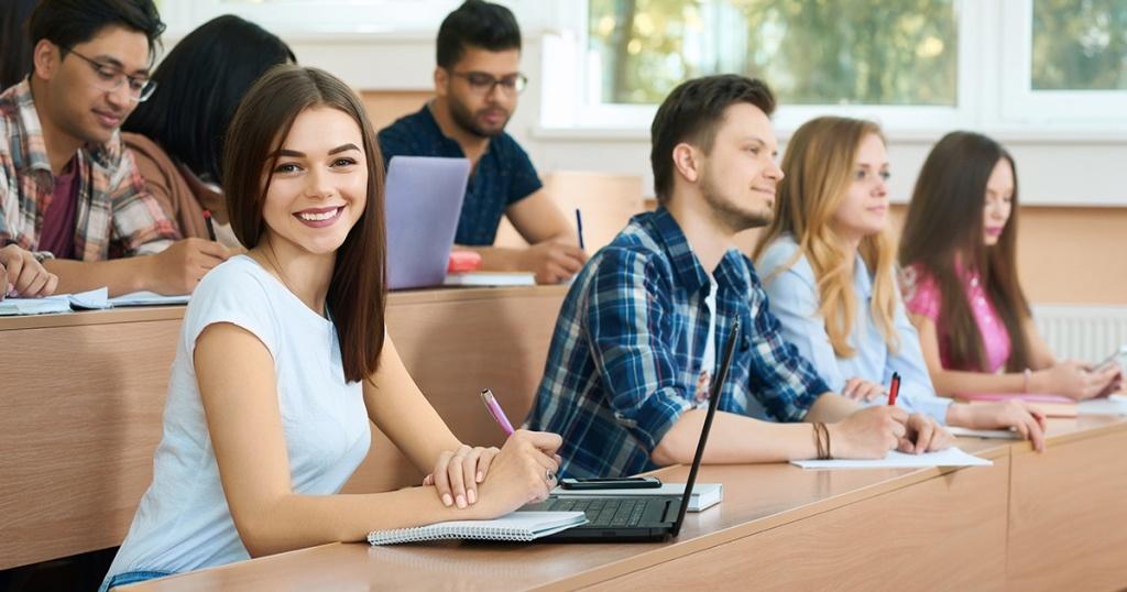 Beasiswa GRATIS Sampai Lulus ? Yuk, Gabung Beasiswa IDCloudHost!