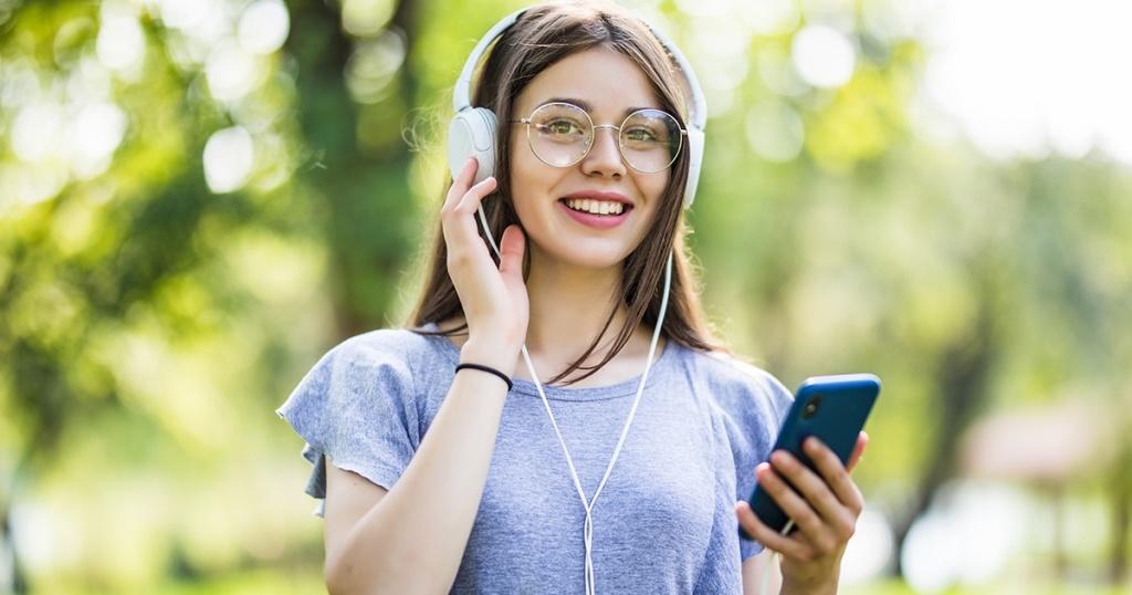 Rekomendasi Software Pemutar Musik Terbaik dan Gratis untuk Smartphone / HP