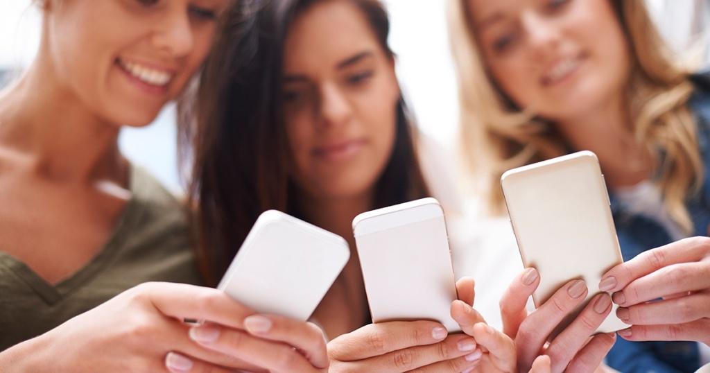 Cara Mempercepat Kinerja Smartphone / HP yang Lemot dengan Mudah dan Cepat