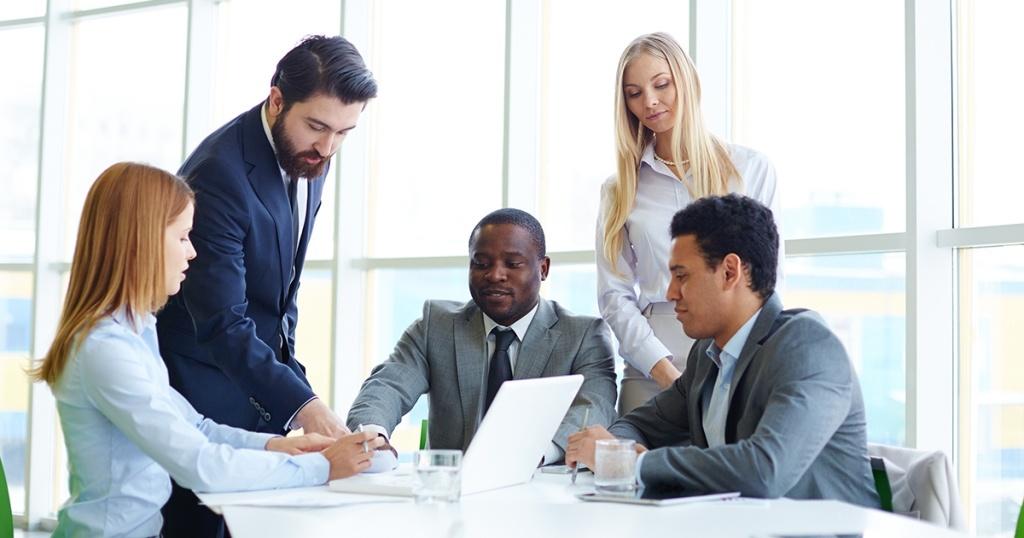 Perbedaan Antara Lean Canvas dan Business Model Canvas (BMC) untuk Bisnis