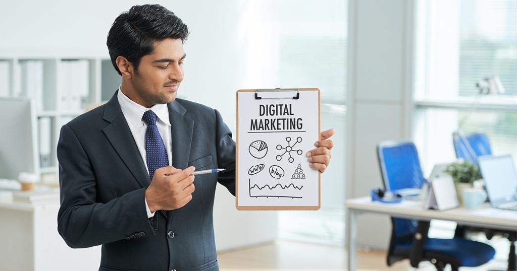 Manfaat Menggunakan Digital Marketing Specialist Bagi Mendongkrak Laba Bisnis Online