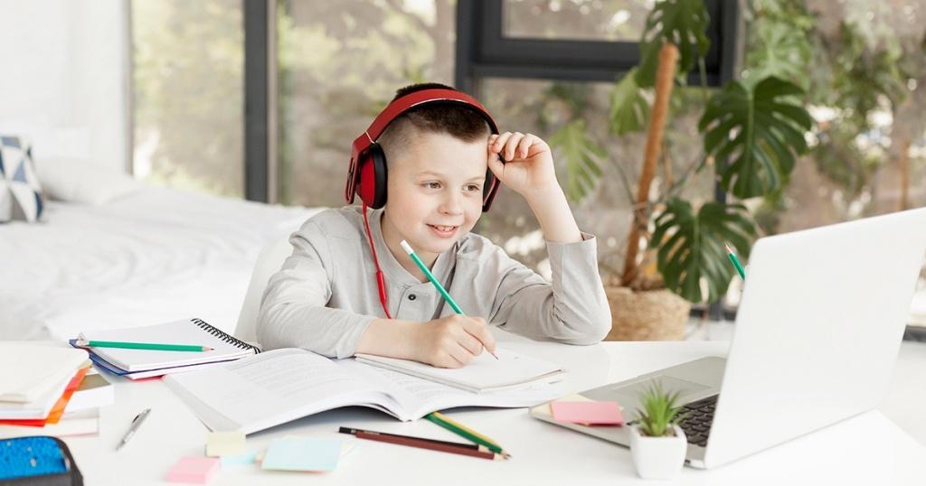 Sekolah Go Digital, Manfaat Belajar Secara Online